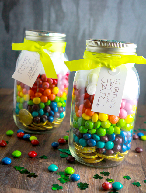 jarrito con dulces de arcoiris