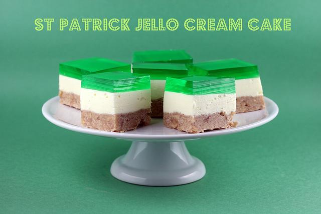 jello cram cake